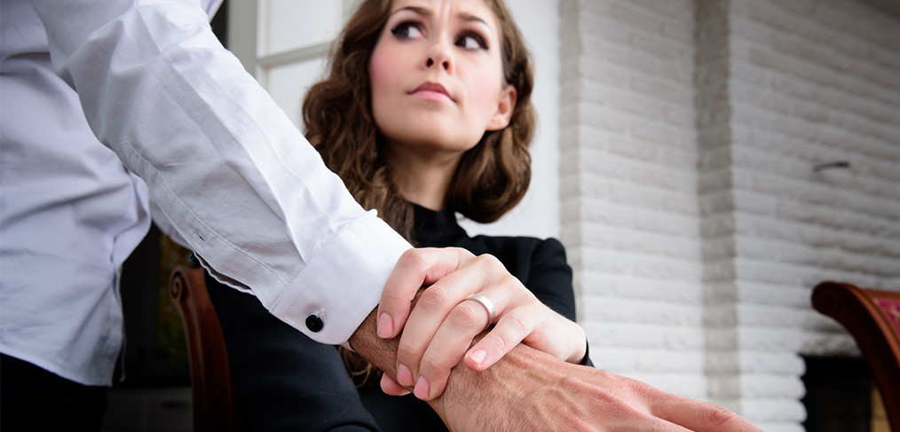 sexual harassment in the workplace are All of this happens in the office, in front of everyone but nobody wants to confront such people others at the office are usually of the view that the female internees are mature and strong enough to notice such advances and stop them with the passage of time he narrows down his selection and marks.